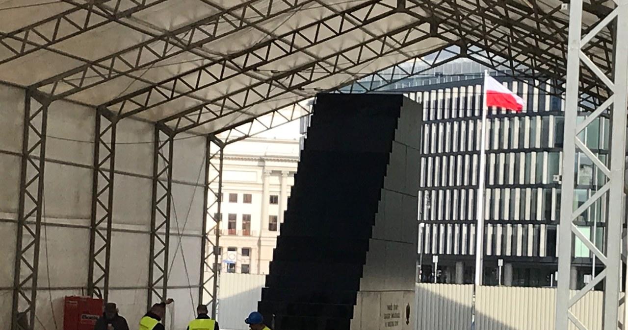 Pomnik smoleński gotowy. Za 5 dni zostanie odsłonięty