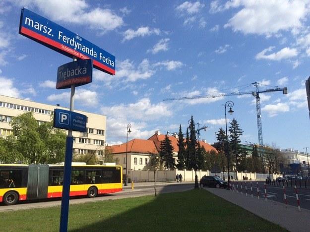 Pomnik smoleński ma powstać u zbiegu ulic Trębackiej i Focha /RMF
