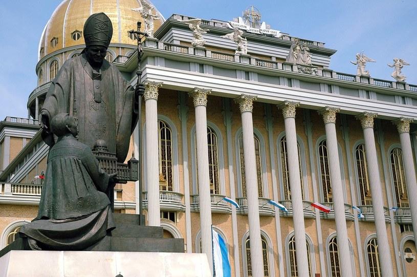 Pomnik w Licheniu / Przemyslaw Graf / Reporter