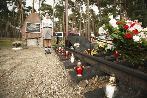 Pomnik w Otłoczynie, gdzie doszło do największej w Polsce katastrofa kolejowej, fot. A. Wysocki /East News