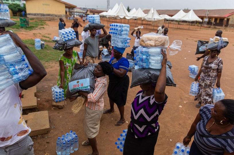 Pomoc humanitarna w Afryce w dobie koronawirusa /IBEABUCHI BENSON UGOCHUKWU /AFP
