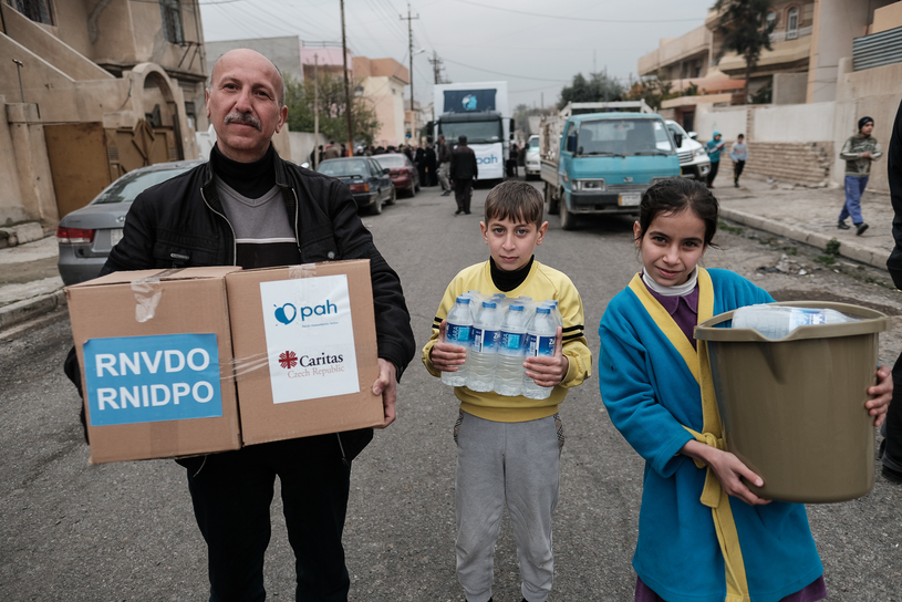 Pomoc Polskiej Akcji Humanitarnej w Iraku /fot. Maciej Moskwa / PAH/ Testigo /