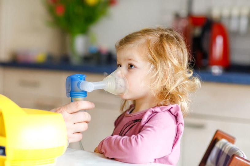 Pomocne są inhalacje /©123RF/PICSEL