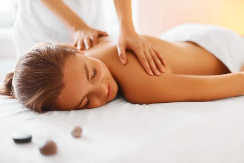 Pomogą masaże /123RF/PICSEL