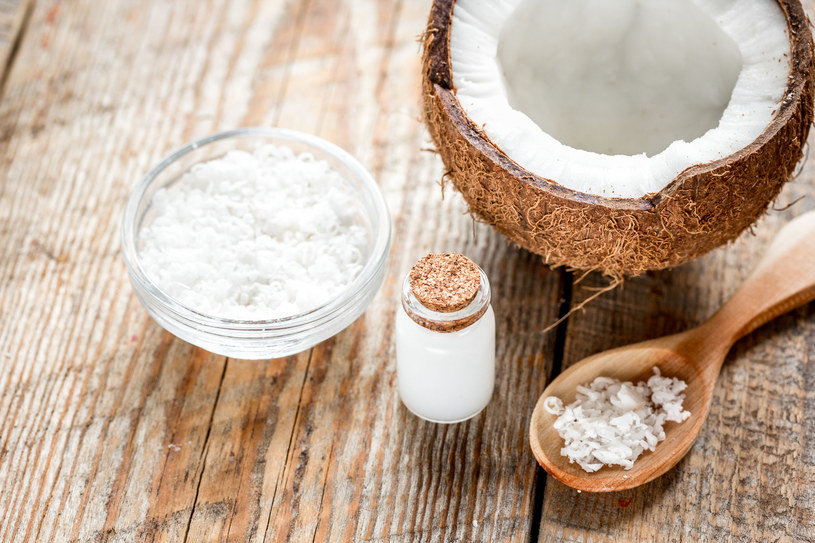 Pomoże olej kokosowy /123RF/PICSEL