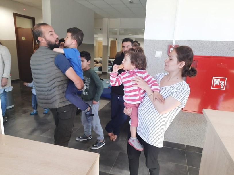 Ponad 1,6 tys. osób przebywa w ośrodkach SG. Zdjęcie ilustracyjne /Straż Graniczna /