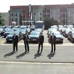 Ponad 100 samochodów dla rządu. Od Peugeota za darmo