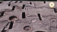 Ponad 100 starożytnych grobowców. W nich szczątki dorosłych, dzieci i przedmioty sprzed wieków