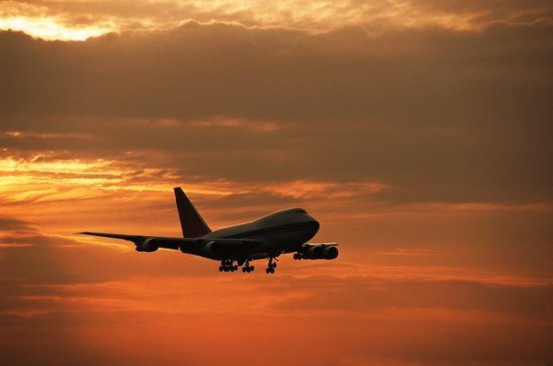 Ponad 120 tys. polskich pasażerów ma prawo domagać się odszkodowania za utrudnione loty /© Bauer