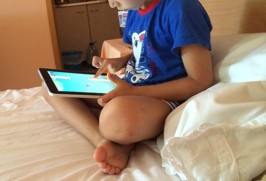 Ponad 2 miliony dzieci w wieku 7–12 lat korzysta z sieci /Monika Kamińska /Archiwum RMF FM