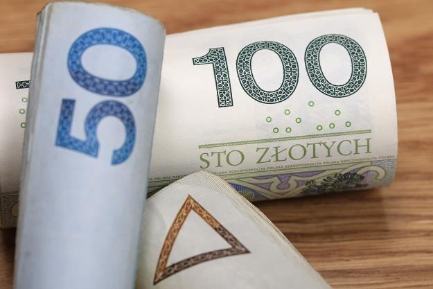 Ponad 2 mln Polaków ma problem ze spłatą długów /©123RF/PICSEL
