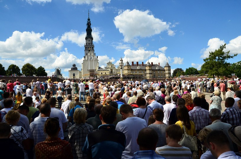 Ponad 200 tys. osób chce zwiedzić Jasną Górę podczas ŚDM /Mariusz Gaczyński /East News