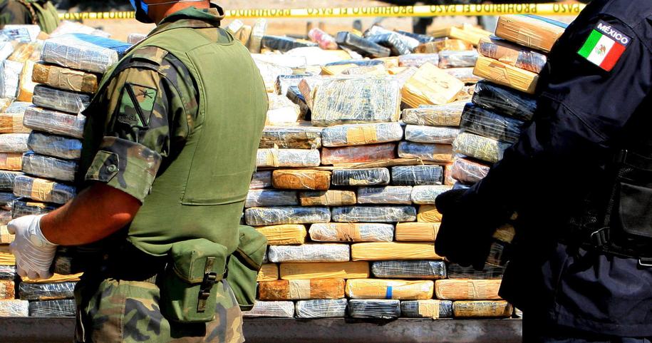 Ponad 220 kilogramów narkotyków znaleziono na statku, na którym pływali Polacy. Zdjęcie ilustracyjne / JORGE GUTIERREZ /PAP/EPA