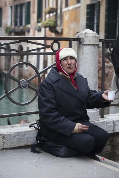 Ponad 28 procentom mieszkańców słonecznej Italii grozi ubóstwo /©123RF/PICSEL
