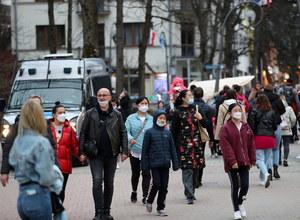 Ponad 3 mln Polaków w pełni zaszczepionych na COVID-19. Ile zakażeń i zgonów?