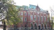 Ponad 450 szkół wyższych w Polsce