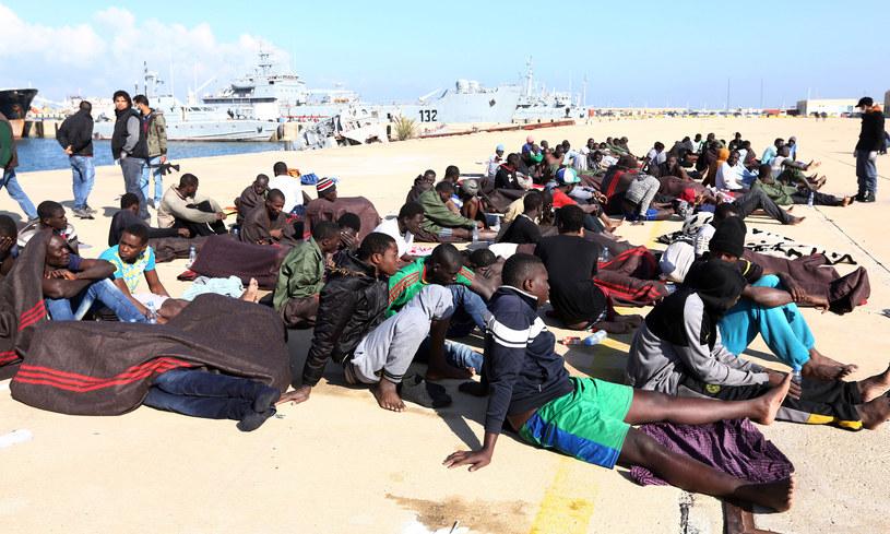 Ponad 6 tysięcy migrantów uratowano u wybrzeży Libii /MAHMUD TURKIA  /AFP