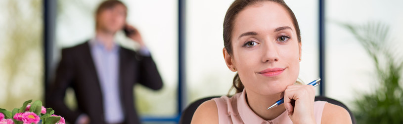 Ponad 60 proc. stażystów znajduje zatrudnienie w firmie, w której odbywało staż /123RF/PICSEL