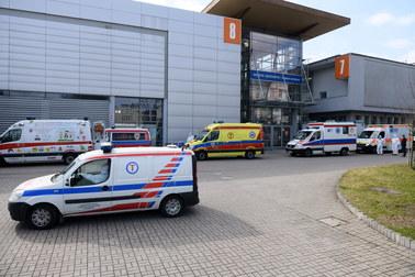 Ponad 650 zgonów i niemal 33 tys. nowych zakażeń koronawirusem w Polsce