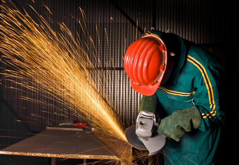 Ponad pół miliona Polaków pracuje w warunkach stanowiących zagrożenie dla zdrowia /© Panthermedia