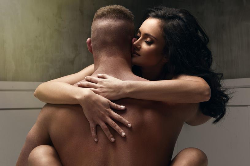 Ponad połowa pań obawia się seksu analnego /123RF/PICSEL