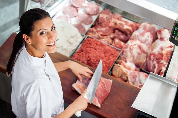Ponad połowa Polaków chce ograniczyć spożycie mięsa /©123RF/PICSEL