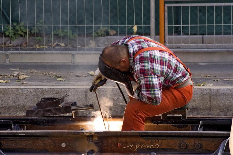 Ponad połowa Polaków pracuje w wyuczonym zawodzie /© Panthermedia