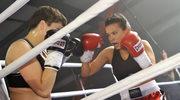 Ponosi ją na ringu