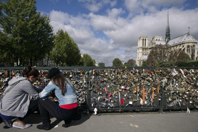 Pont de l'Archeveché, Paryż /AFP