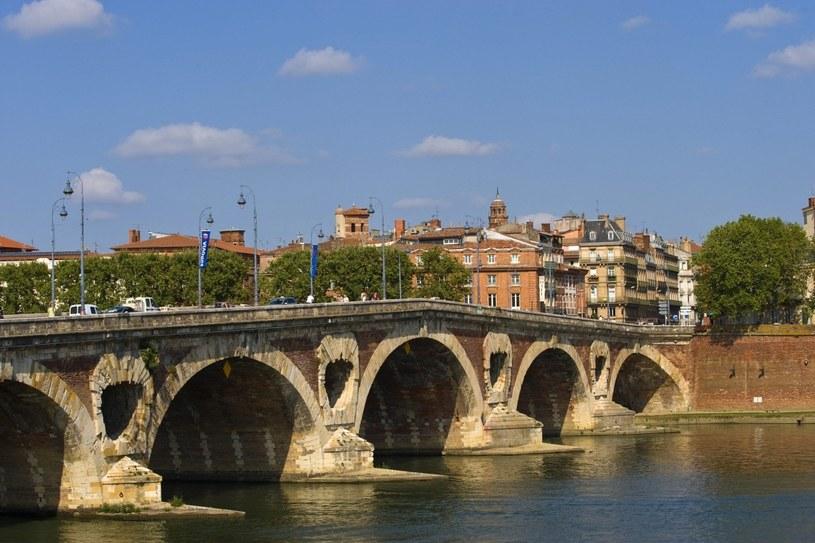 Pont-Neuf w Tuluzie. Jedna z perełek XVII-wiecznej inżynierii i bohater tysięcy pocztówek /Agencja FORUM