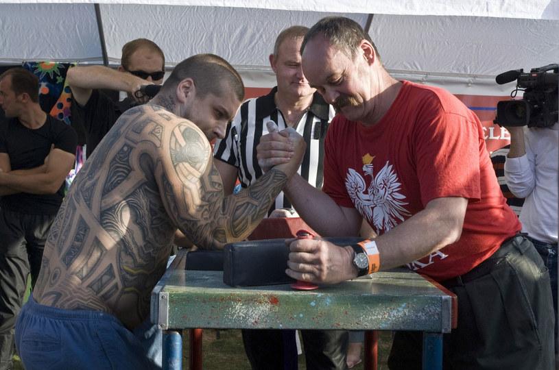 Popek w 2006 roku w Londynie podczas zawodów w siłowaniu się na rękę /Ray Tang/REX/Shutterstock /East News