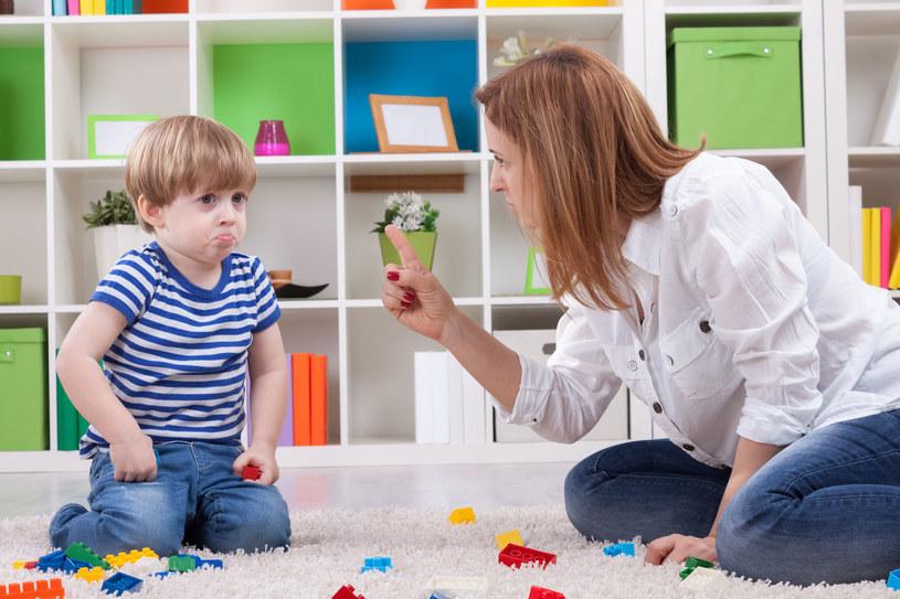 Poprawa w zachowaniu dziecka nie nastąpi od razu /123RF/PICSEL