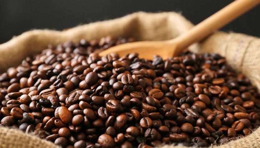 Poprawiają się nastroje konsumentów, pijemy więcej kawy