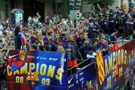 Poprzednią edycję LM wygrali piłkarze FC Barcelona /AFP