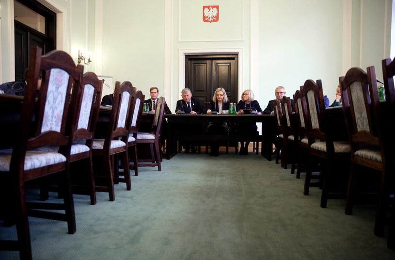 Poprzednie posiedzenie Komisji ds. Amber Gold /Tomasz Gzell /PAP