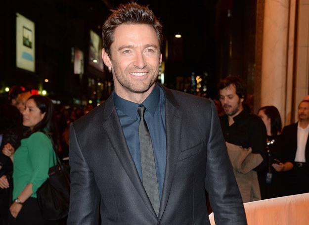 Popularny aktor, Hugh Jackman (44 l.) ma wszystko, by zdobywać szczyty rankingów na najpiękniejszego mężczyznę show-biznesu /Getty Images