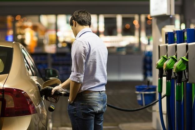 Popyt na paliwo może drastycznie spaść /123RF/PICSEL