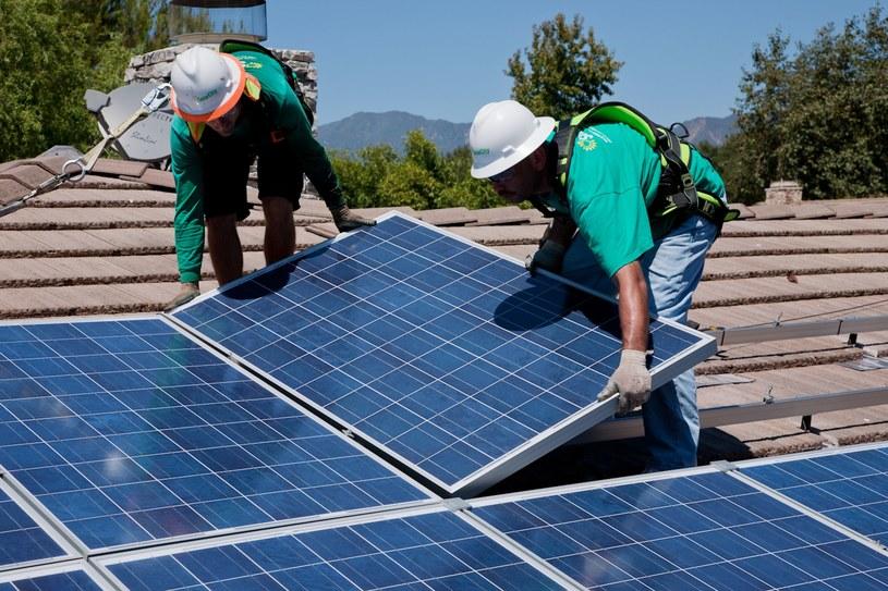 Popyt na panele słoneczne w Polsce przewyższa podaż /123RF/PICSEL