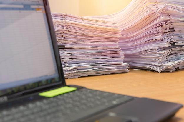 Pora przygotować się do papierowej rewolucji w firmach /©123RF/PICSEL