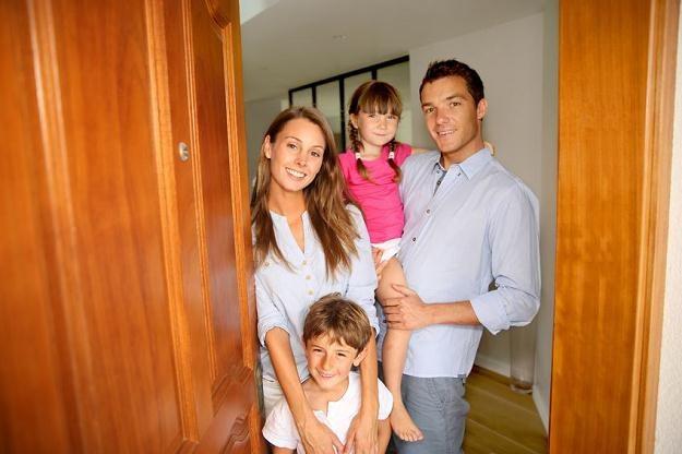 Poradnik: Jak kupić mieszkanie od dewelopera? /©123RF/PICSEL