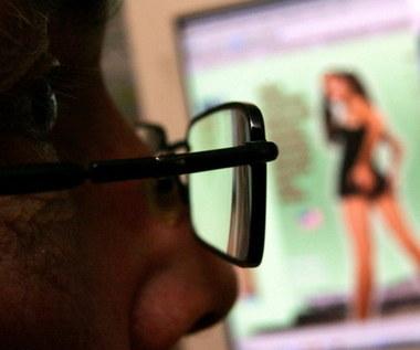 Pornografia zalewa internet - wiele stron ma problem. Co się stało?