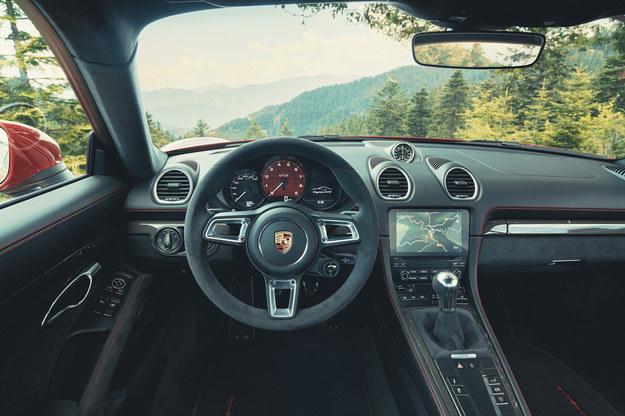 Porsche 718 Cayman GTS 4.0 /