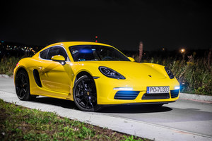 """Porsche 718 Cayman – opcja """"budżetowa"""""""