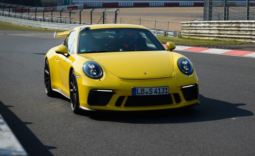Porsche 911 GT3 na Nurburgringu /