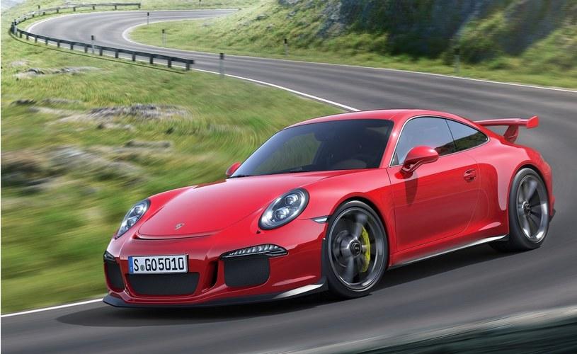 Porsche 911 GT3 /
