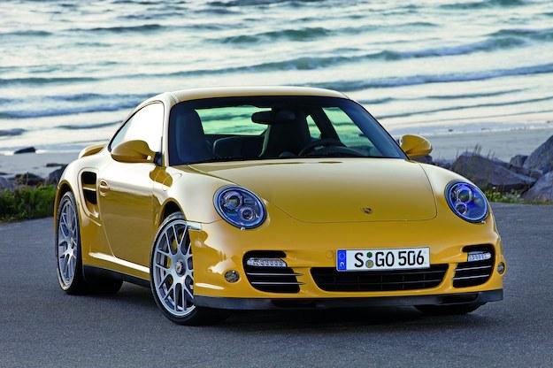 Porsche 911 Turbo (997) - silnik benzynowy z turbo o zmiennej geometrii. 3.8 – 480 KM. /Porsche