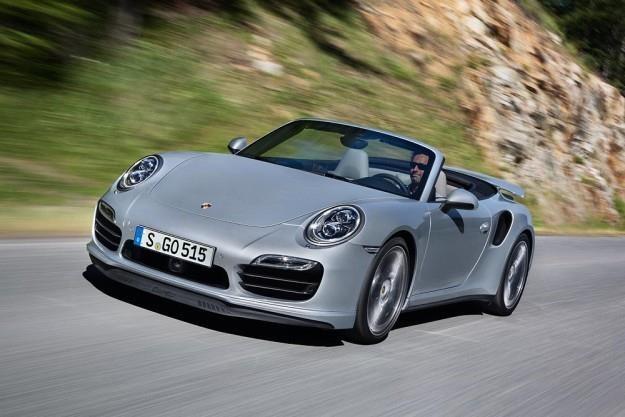 Porsche 911 Turbo /
