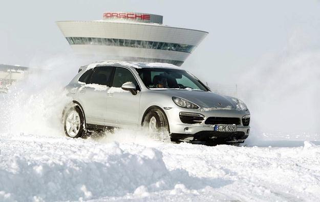 Porsche Cayenne to bestseller /