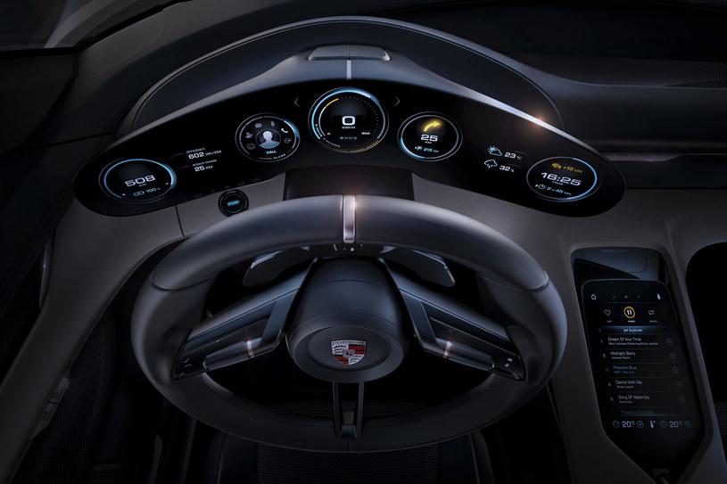 Porsche Mission E /