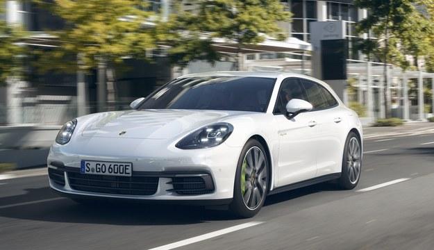 Porsche Panamera Sport Turismo /Porsche